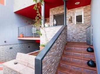 Duplex reformado en venta en Los llanos (dv210)