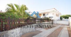 Casa con jardin privado en San Agustin (lin521)