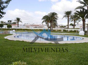 Bungalow con jardín en Playa del Inglés (a526)