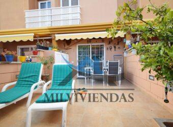 Bonito bungalow duplex en zona muy demandada en San Agustin (let5428)